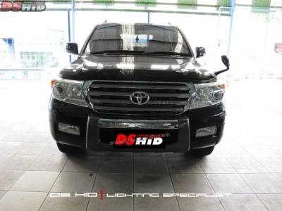 Toyota Land Cruiser VX200
