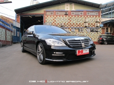 Mercedes Benz S Class W221 2006-2009 to 2010+