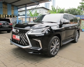 Facelift Lexus LX 570 Sport Model