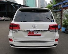 Facelift Toyota Land Cruiser