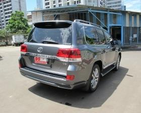 Facelift Land Cruiser
